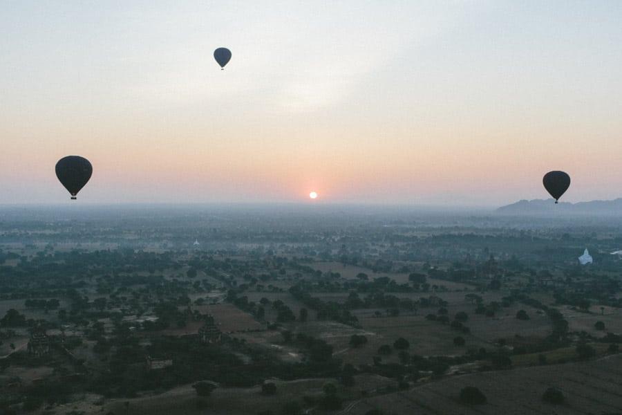 BalloonsOverBagan-011
