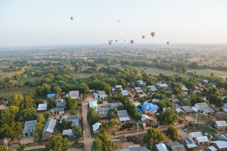 BalloonsOverBagan-028