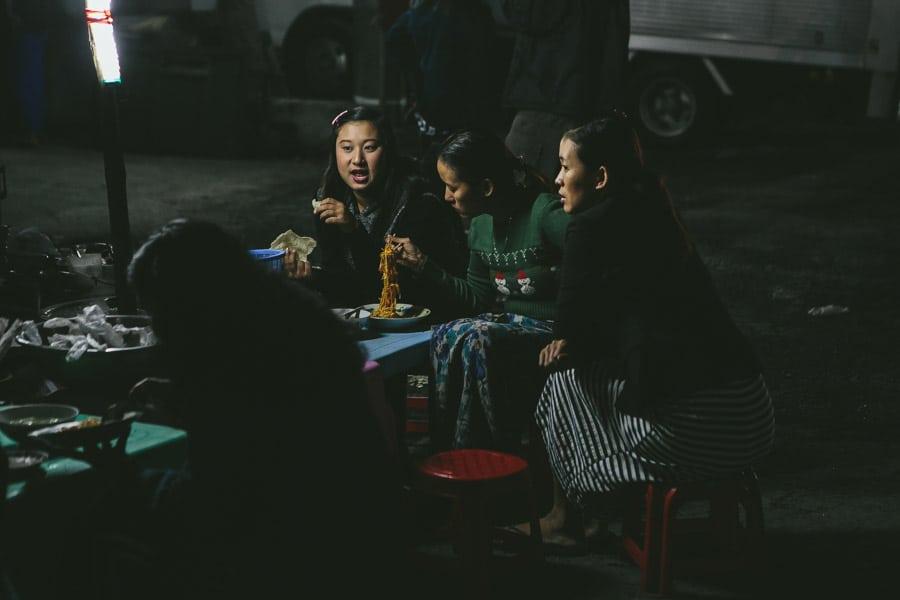 Mandalay-PagodaFestival-027