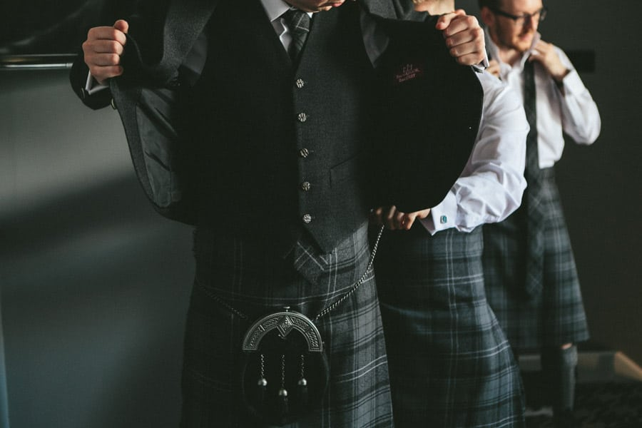viv-david_arta-wedding-glasggow_scottish-wedding-010