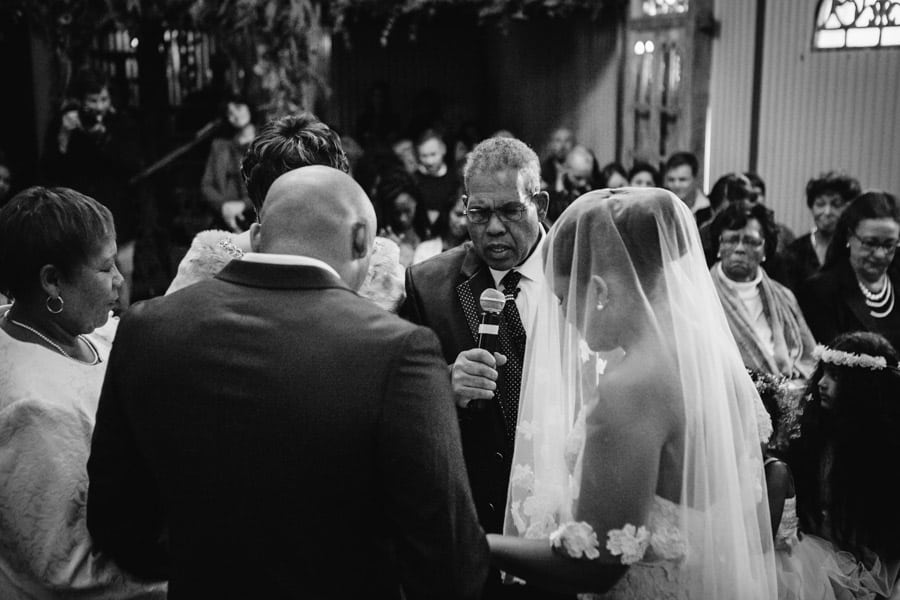 ro-dev_crystalbarn-documentary-wedding-photography-071